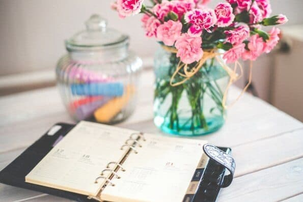 Pretty Flowers and Calendar